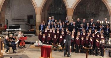 Photo 25    Pré-maîtrise, trio à cordes et chorale paroissiale