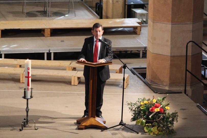 Photo 26   Message de M Christian Albecker, président de l'Uepal